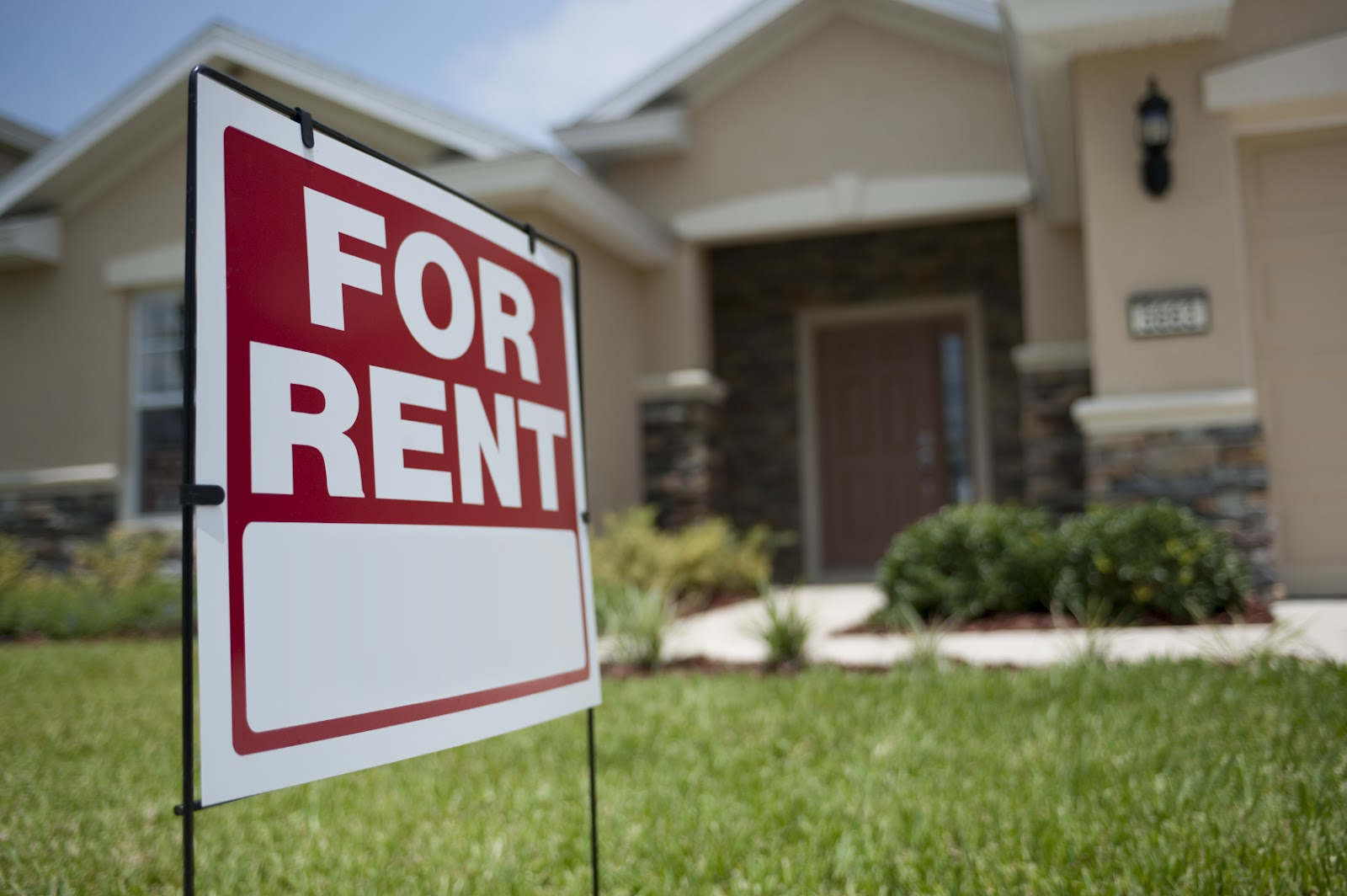 Does Possessing Rental Property Help With Taxes?